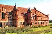 Pałacowe zabudowania gospodarcze w Bełczu Wielkim